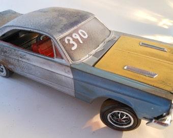 Rusted Classicwrecks, Scale Model Car ,Blue Ford Fairlane, Junkyard Dog
