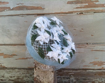 Vintage Easter Pillbox Hat or Bonnet - Spring Blue + White Clematis Flower Pillbox Hat, Vintage Floral Spring Hat With Blue Netting/Tulle