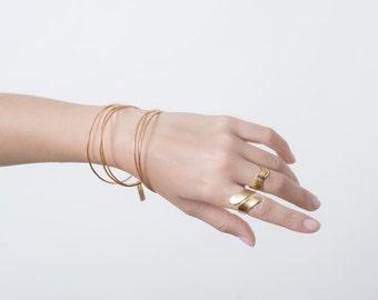 Bangles bracelets in gold, gold bangle bracelets, stacking bangles