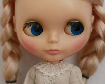 HANON Workshop kit (Frill dress Ecru) for blythe  / *changed the lace