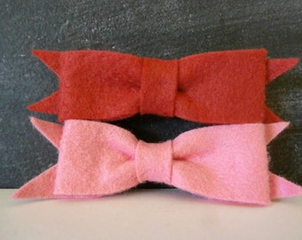 Felt Hair Bows in Red and Pink, Set of Two Hairclips, READY-TO-SHIP