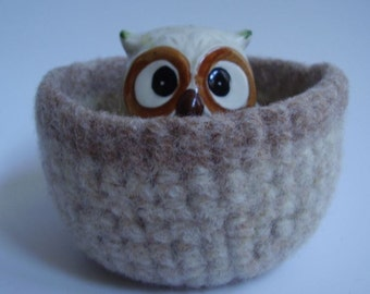 felted wool bowl container desktop organizer cream and caramel colored