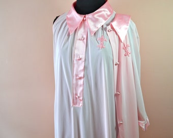 Mod Robe and Sleeveless Nightgown Set, Pink Satin. Nylon. Vintage Lingerie. Gossard Artemis. Size Large - VL192