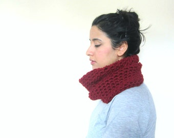 Chunky Cowl, Infinity Scarf, Cowl Snood Scarf in Maroon handmade in a Wool blend - READY TO SHIP