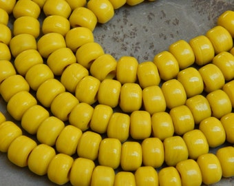 9mm Opaque Yellow Glass Crow Beads,  25 Inch Full Strand (OYIND1C08)