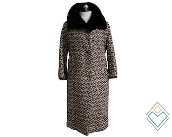 1950s - 1960s woven wool coat with sheared beaver collar // Pumpkin Spice woven pattern //  size medium