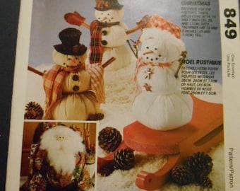 McCalls 6723 an 849,  Home Decor, Stuffed Snowmen, Santa, Ornaments