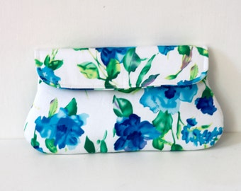 Floral Blue Clutch, Bridesmaid clutch, summer wedding clutch, Blue and white clutch purse
