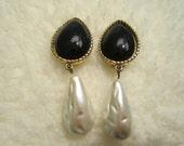 Vintage Long Dangle Clip Earring Faux Pearl & Black Teardrop Cabachon