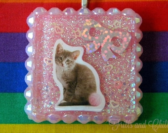 Pretty Kitty Resin Necklace