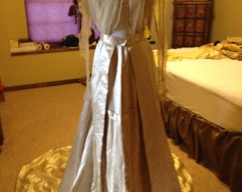 CLEARANCE!!!! Fabulous Victorian Silk Satin Wedding Gown
