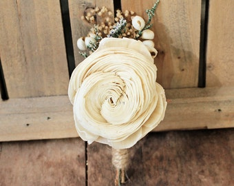 Boutonniere Made to Order- Luxe Collection, Ivory Sola Flower Tallow Berry Groom Wedding, Buttonhole, Groomsmen, Wedding Flowers