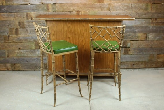 Phyllis Morris Chinese Chippendale Bar and Bar Stools Set