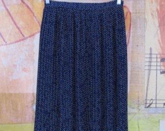 FESTIVE & FLIRTY)( vintage pleated skirt )( James Kenrob by Dalton )( S/M