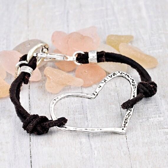 Heart On a String Bracelet - Heart Jewelry - Handmade Jewelry - Leather Bracelet- B348