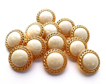 VINTAGE: 24 Retro Snap Together Acrylic Buttons - White and Gold Buttons - 21mm