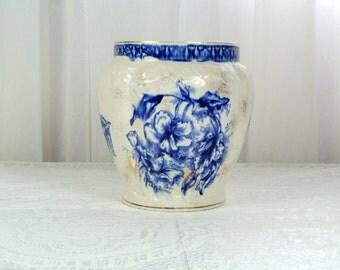Vintage flow blue vase - Duchess Pattern Dunn Bennett