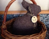 Prim bunny~ Primitive Easter rabbit tuck~ wool~ Brown~ Prim Easter Decor