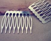 15Pcs  40mmx 43mm (8teeth) White K Hair Combs