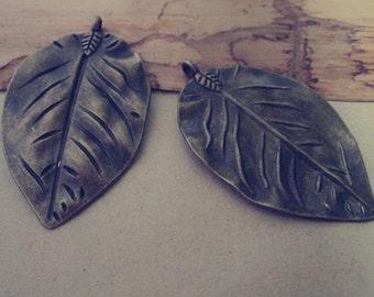 8pcs  Antique bronze leaves charm pendant  32mmx52mm