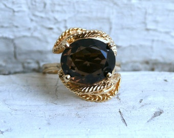 Vintage Smokey Topaz Ring in 14K Yellow Gold.