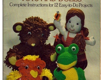 Crocheted Toys And Dolls / Crochet  Pattern Book  / Dover Needlework Series