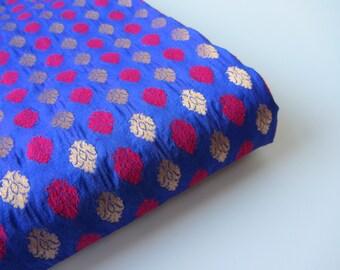 Purple blue pink gold India silk brocade fabric nr. 376