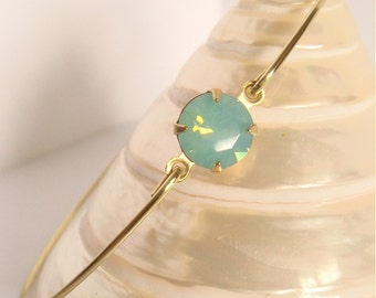 Pacific opal faceted crystal bangle - Mint crystal bracelet - Bridesmaids gift - Everyday - Minimalist jewelry
