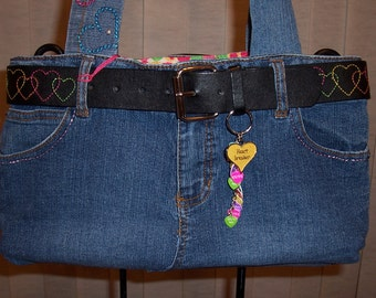 HEARTS ARE WILD--the heart theme is all through this purse--in a wildy fun way...