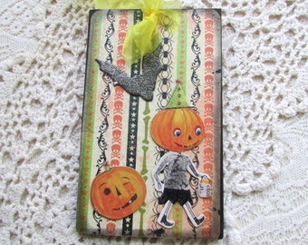 Halloween OOAK Ornament / Pumpkins and Bat Wood Tree Ornament / Halloween Decor