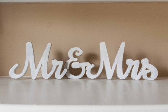 Mr & Mrs Sign, Wood Wedding Sign, Sweetheart Table Decor, Bride Groom, Reception Decor