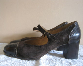 SALE - vintage mary jane oxford brogue shoes size 3by Oscar's, brown suede and leather, 60s 70s, mid heel