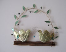 Hammered brass pigeons/ olive branch/ olive wreath  pigeon wreath/ wall decor / wall orament / metal / metal work /wedding gift