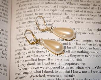 Jane Austen Eliza drop pearl Earrings