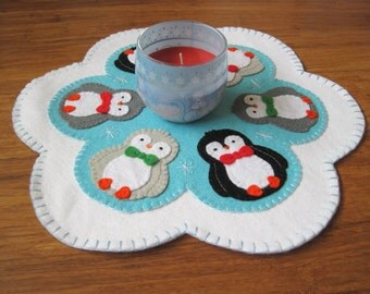PDF PATTERN: Penguin Penny Rug Wool Applique sewing tutorial - felt candle mat pattern - DIY Decoration - Holiday accessory - Christmas