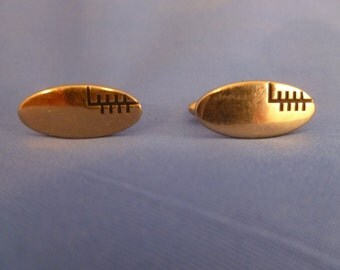 Swank Gold Toned Cuff Links