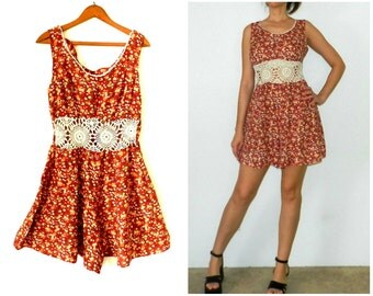 25% OFF - 90's FLORAL CROCHET Romper - Rare / Grunge / Nineties Chic / Revival / Lolita / Size Large