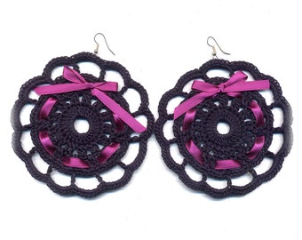 Crochet earrings, round, very big, blue, fucsia, fashion style, etsy style, cotton, thread, vintage, jewelry, trends, winter, #E159