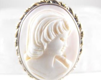 Angel Skin Coral Cameo Soft Pink Color Signed Dixelle 1/20 12k Gold Filled