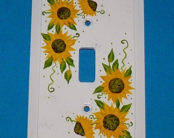 Light Switch Cover Decorative Electrical Plate Wood Single Outlet Plug Cover Hand Painted Sunflowers Custom Home Kitchen Decor