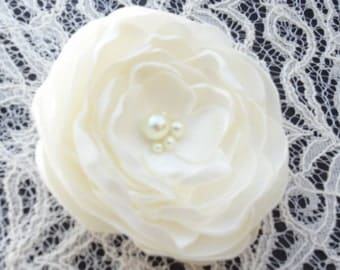 Ivory Bridal Flower, Brooch, Hair Clip, Bridal Flower Headband, Hair Clip, Pearls, Crystals, Champagne, Hair Accessories