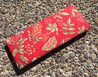 Magic Wallet - Billfold Flowers on Red