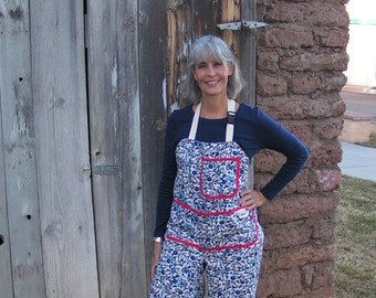 Pottery, Art, Gardening Apron w/chap legs by Mary's Harvest Thyme Aprons™ copyright 1997