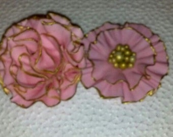 3 Gum paste flowers: ruffle and carnation flowers/Cake decoration/Edible sugar flowers/wedding, anniversary