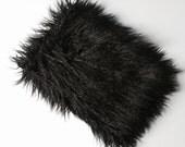 "fake fur MacBook AIR 13 inch case, 13 inch laptop sleeve,  laptop bag, MacBook air 13 sleeve - Fluffy Thing - ""Fluffy_black lama"""