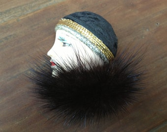 Vintage Cloche Hat 1920s Flapper Style ~ Mink Brooch Pin
