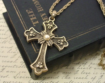 """1975 Sarah Coventry """"Peace"""" cross necklace pendant gold tone"""