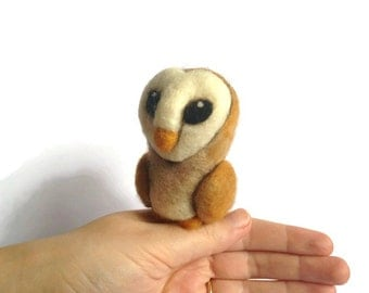 Needle Felted Barn Owl, Felt Owl Soft Sculpture (Ghost)
