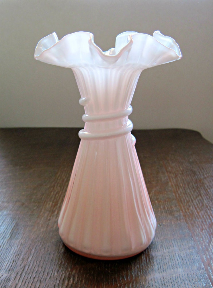 Shabby Pink Fenton Vintage Wheat Vase 1940s Art Glass