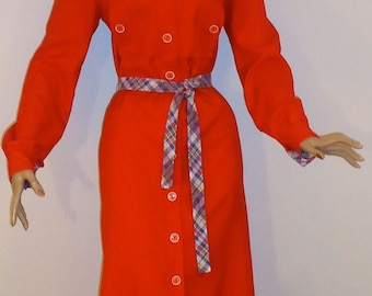 Red Trench Coat Dress Vintage 1960s Mod Twiggy Style, Plaid Belt and Plaid Lining